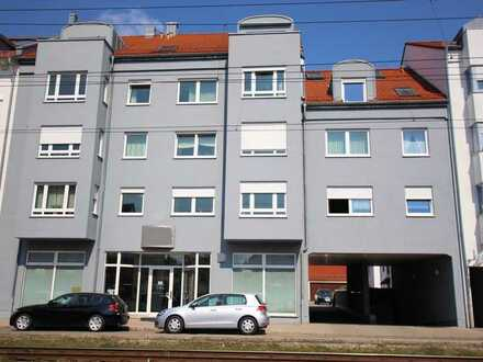 Schicke 3-Zimmerwohnung mit Tiefgaragenstellplatz in Lechhausen!