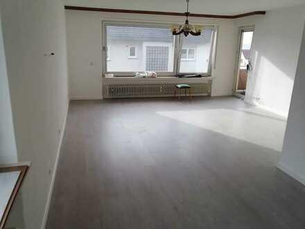 Sanierte 5-Zimmer-Wohnung mit Balkon und Einbauküche in Fulda künzell