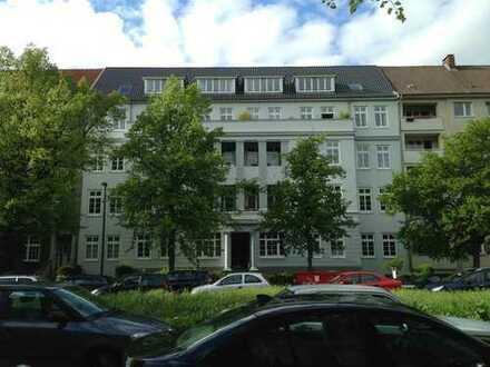 Neuwertige 3-Zimmer-Wohnung mit Balkon in Kiel