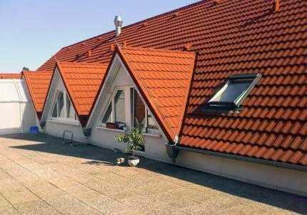 Zwei Dachwohnungen als Anlageobjekt !