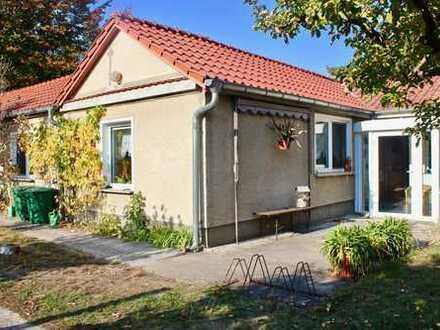 RESERVIERT - Bungalow auf großzügigem Grundstück in Strausberg!