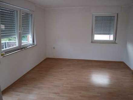 625 €, 83 m², 3 Zimmer