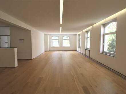 Modernisierte Gewerbeflächen im charmantem Altbau in zentraler, ruhiger Lage, 5 Gehmin. zur U-Bahn!!