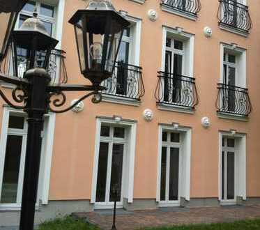 Wohnen im Grünen mit Terrasse und Schlosskamin, hinter den Gärten von Sanssouci