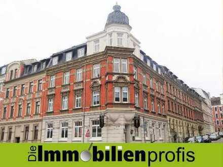 Hohe Mietrendite: Mehrfamilienhaus mit Gewerbe in Plauen