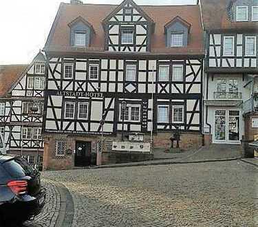 Gelnhausen: Historisches Altstadthotel mit besonderem Ambiente inmitten der Altstadt!
