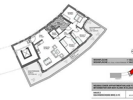 Neuwertige Penthouse-Wohnung mit vier Zimmern sowie großem Balkon und EBK in Elzach