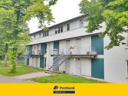 Schmucke 3-Zimmer-Maisonettewohnung mit Dachterrasse und Carport!