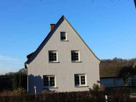 Charmantes Ein-/Zweifamilienhaus mit Weserzugang