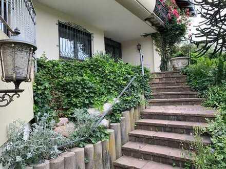 Wohnen im Grünen: Ansprechende 3-Zimmer-Wohnung mit Terrasse und EBK in Albbruck