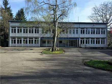 REMAX - 863m² Bürofläche mit perfekter Verkehrsanbindung zur A8 und A623