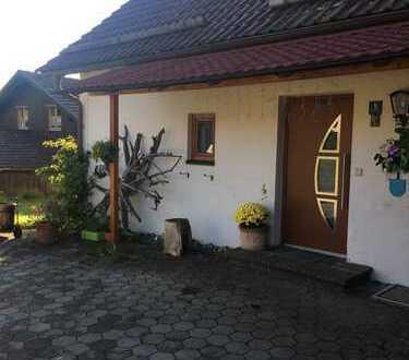 Charmantes Zweifamilienhaus/Generationenhaus in ruhiger Lage
