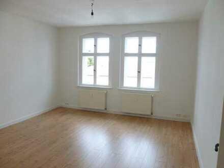 Sanierte 2 Zimmerwohnung auch WG geeignet mit Wannenbad in der Erich-Mühsam-Str in Eberswalde !