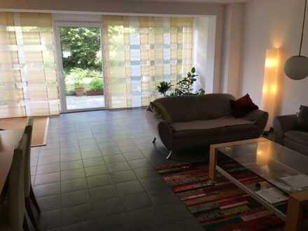 Neuwertige 4-Zimmer-Maisonette-Wohnung mit Balkon und EBK in Mainz-Hechtsheim