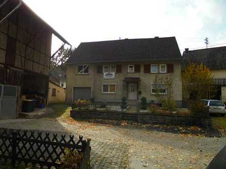 Attraktives 9-Zimmer-Einfamilienhaus zur Miete in Kellenbach, Kellenbach