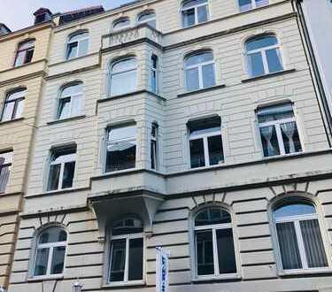 Attraktive Dachgeschosswohnung mit Domblick und Ausbaureserve