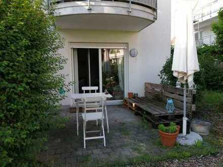 Gepflegte 2-Zimmer-Wohnung mit Terrasse in Darmstadt-Dieburg (Kreis)