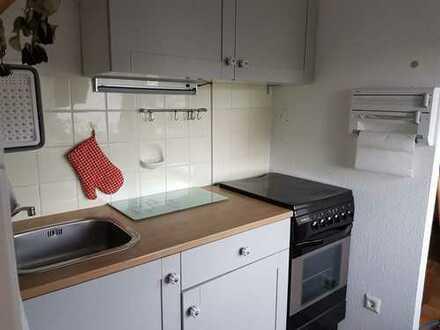 Stilvolle 1,5-Zimmer-DG-Wohnung mit EBK in Öhringen