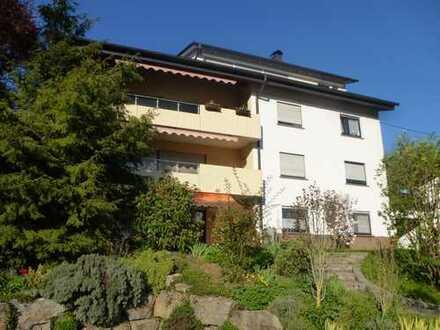 Freundliche 2-Zimmer-EG-Wohnung mit Terrasse und großem Ziergarten in Mosbach-Neckarelz