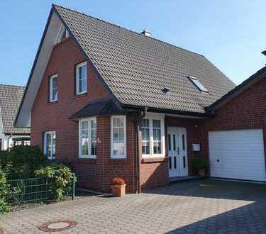 BESONDERS! Im Herzen von Arbergen: charmantes + modernes Einfamilienhaus mit Garten + Garage…..