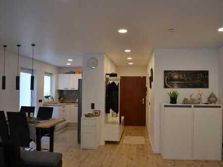 Stilvolle, gepflegte 2-Zimmer-Wohnung mit Balkon und Einbauküche in Büttelborn