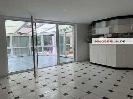 IMMOBERLIN: Komfortables Ein-/Zweifamilienhaus in behaglicher Lage