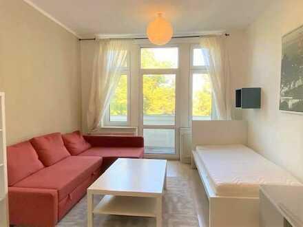 BEZUGSFREI | ruhige 2-Zimmer- Altbauwohnung in GRÜNAU