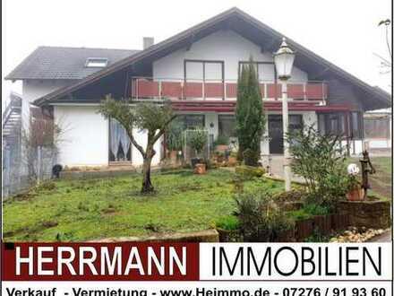 1-2 Familienhaus im Landhausstil mit großem Raumangebot