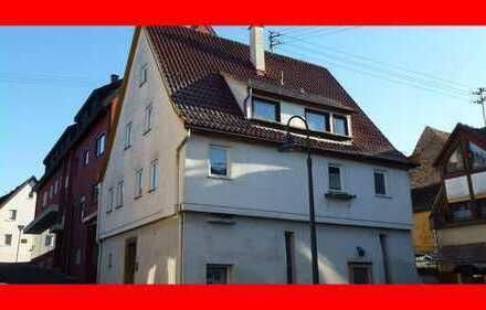 Geräumiges Haus mit Entwicklungspotential