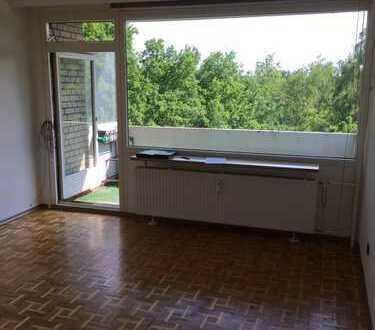 Sonnige drei Zimmer Wohnung in Hamburg, Hummelsbüttel