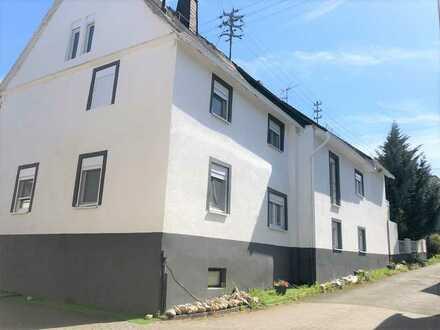 Mehrfamilienhaus Maklerfrei! mit zehn Zimmern in Dörscheid, 95 km von Frankfurt am Main