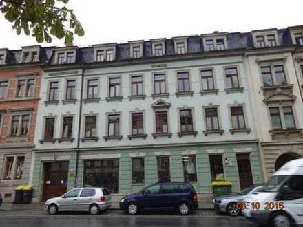 Dresden, Radeberger Vorstadt, Schöne helle renovierte 2-Zimmer-Wohnung im MFH, 1.OG