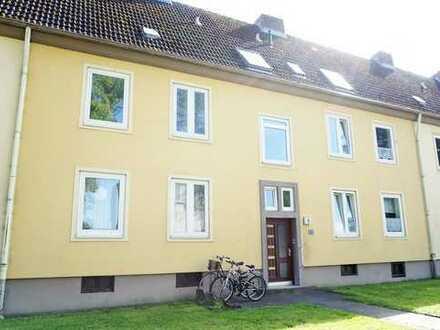 Selbstrenovierer gesucht! Schön geschnittene 2-Zimmer-Wohnung in ruhiger Lage sucht Sie!