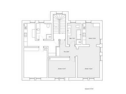 Stilvolle, vollständig renovierte 2-Zimmer-Wohnung mit Einbauküche in Nürnberg