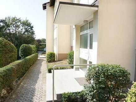 Stilvolle, gepflegte 3-Zimmer-Hochparterre-Wohnung mit Balkon in Wiesbaden