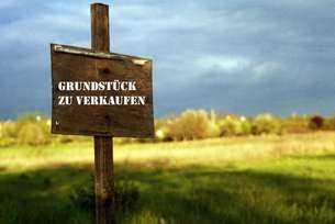 Bauträgerglück - Grundstück mit Baugenehmigung für ein 6 Familienhaus