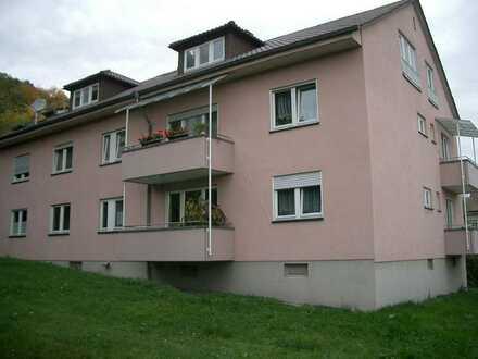 Kämpfelbach-Ersingen: 2-Zimmer-Whg. mit Balkon - gute Ausstattung (Bodenheizung)