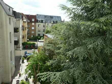 4-Zimmer-Wohnung mit Balkon zur Ost-Seite
