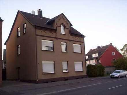 3-Fam.-Haus, Altbau mit Flair, modernisiert