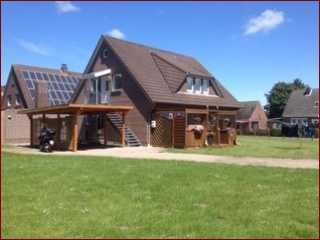 Moderne 2,5 Zi-Whg. mit eigener Garage, Terrasse und Garten nahe der ostfriesischen Nordseeküste!