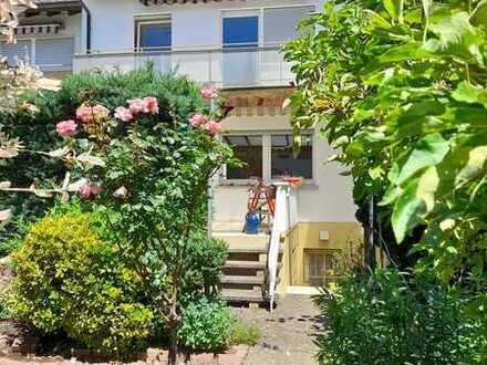 Schönes Reihenmittel-Haus mit vier Zimmern in Viernheim (Kreis Bergstrasse)