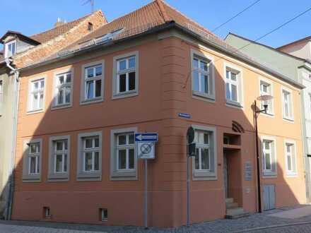Denkmalgeschütztes Wohn- und Geschäftshaus am Markt in Stendal