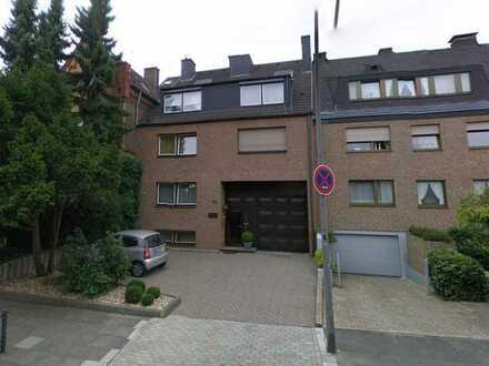 Moderne, helle, sanierte 2-Zimmer-Wohnung mit Süd-Balkon und EBK in Alt-Bocklemünd, Köln