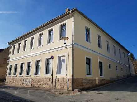 Neuer Familiensitz im Herzen von Lengenfeld