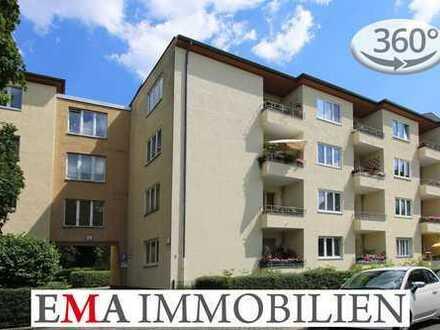 Bezugsfreie Drei-Zimmer-Eigentumswohnung mit Kamin und Balkon