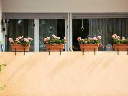 Helle, geräumige Wohnung mit großzügigem Balkon in gepflegter, citynaher Wohnlage!