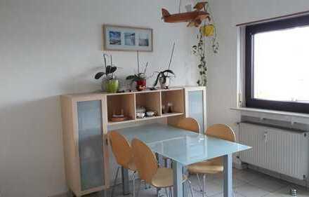 Gut geschnittene 3-Zimmer-Wohnung mit Balkon in Oftersheim