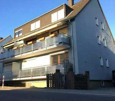 Modernisierte 3-Zimmer-Wohnung mit Garage in ruhiger Wohnlage