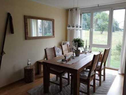 Komfortabel möblierte Wohnung in kleiner, moderner Wohnanlage!
