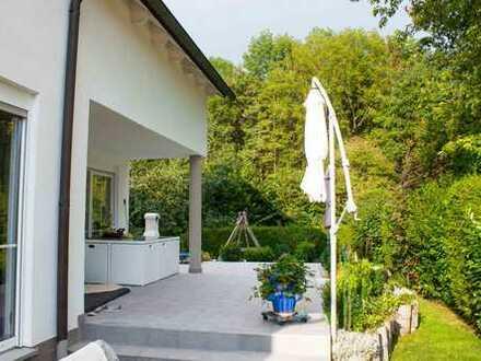 Direkt am Wald und doch zentral - Energieeffizientes Einfamilienhaus od. Generationenhaus